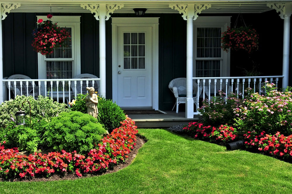 Seal the Deal with Curb Appeal